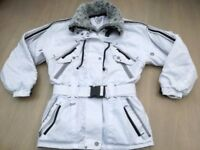 Ladies White Faux |Fur Collar Ski Jacket. Size 10. Used.