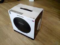 *** SUPERB Harman/Kardon Onyx Studio - Award Winning Bluetooth speaker system ***