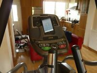 Professional Livestrong LS9.9E Elliptical Cross Trainer (Superb condition, rarely used)