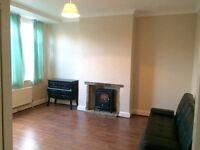 Quiet Apartment with Off street parking Close To Uxbridge Road