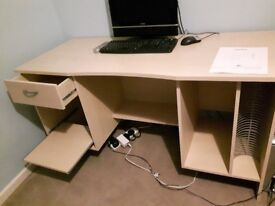 Office computer desk with storage