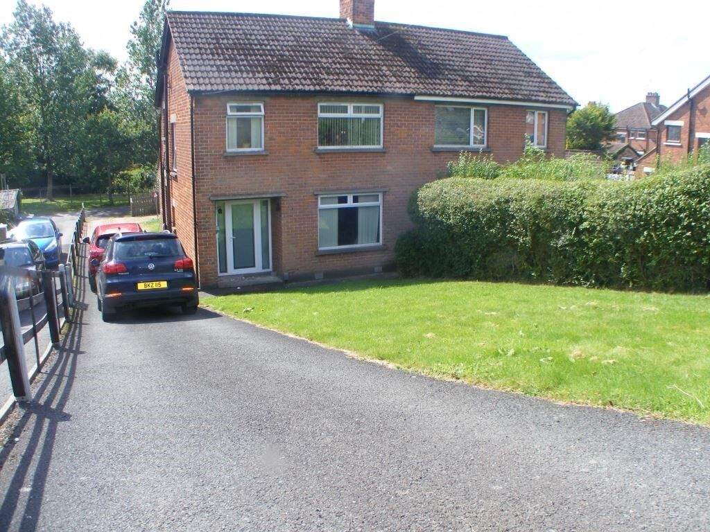 3 Bed Semi Detached house at 63 Newton Park for rent - Available from 20th November
