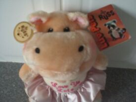 """Russ Hand Crafted Luv Pet – Hippo wearing dress saying """"Love Ya Lots"""" (Brand New)"""
