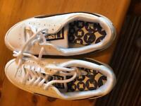 BRAND NEW Ladies Puma golf shoes