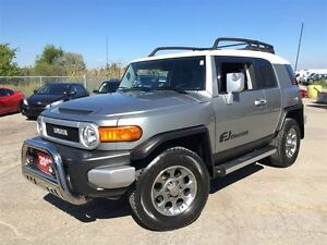 2012 Toyota FJ Cruiser w/off road pkg & Back Up Camera