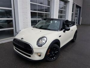 2017 MINI Cooper Convertible Cooper + LOADED + COMME NEUF + WOW