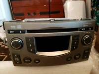 Toyota Verso 2010 radio and CD very good condition like brand new