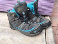 Children's hiking boots by Gelert size C12