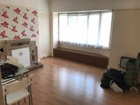 2 Bedroom Flat Situated In Wembley (Part DSS Accepted)!
