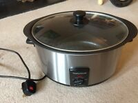 Morphy Richards slow cooker 6.5L, hardly used