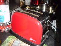 Toaster in very good condition,hardly used