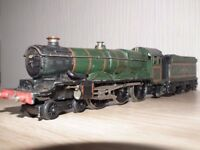 Hornby Dublo Cardiff Castle steam train and Coal Tender.and other items as listed.