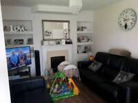 2 bedroom end terrace large gardens large front room looking for council exchange