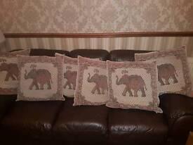 6 large lounge cushions