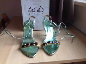 NEW Green High Heels Women Shoes - Size 7/40