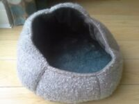 Catzilla Nest Bed