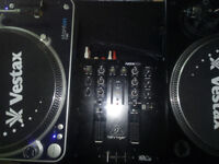 x2 Turntables Direct Drive & Mixer