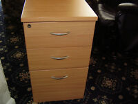 Filing cabinet and drawer combi for sale.