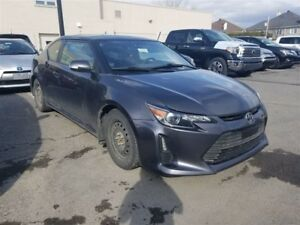 2015 Scion tC **TOIT OUVRANT** 2 SET DE PNEUS