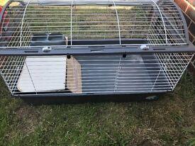 Ferplast Casita 100 Rabbit And guinea Pig Cage