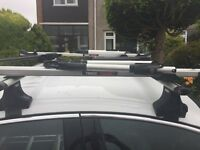 Thule roof bars cycle carrier Vauxhall insignia