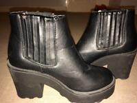 Size 3 Womens Black heeled boots