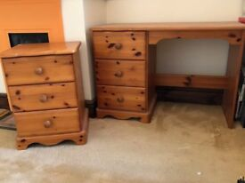Wooden Pine 3 draw Chest for sale £15 ono. ( !!!!! Desk in picture has been sold !!!!!)