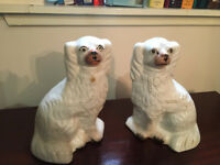 Fine Pair Of Vintage Staffordshire Pottery King Charles Spaniel Wally Dogs