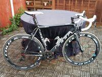 Felt Road Bike,Black, 2 sets of wheels!! 58cm Frame