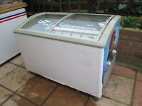 Huskey Curved Top Ice Cream Freezer 1300 x 700 x 840mm. Good working order.