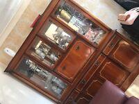 Solid Oak Large Dresser / storage unit / drawers