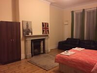 Big Double Room, Newsham Park L6, Close to city centre £80 all inclusive
