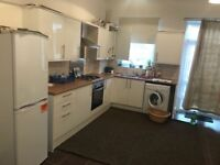 BEAUTIFUL 3 BED HOUSE IN EAST HAM PART DSS WELCOME