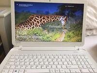 TOSHIBA LAPTOP 4GB WINDOWS 10
