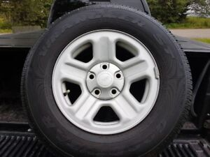 225/75/16 Jeep tires on rims