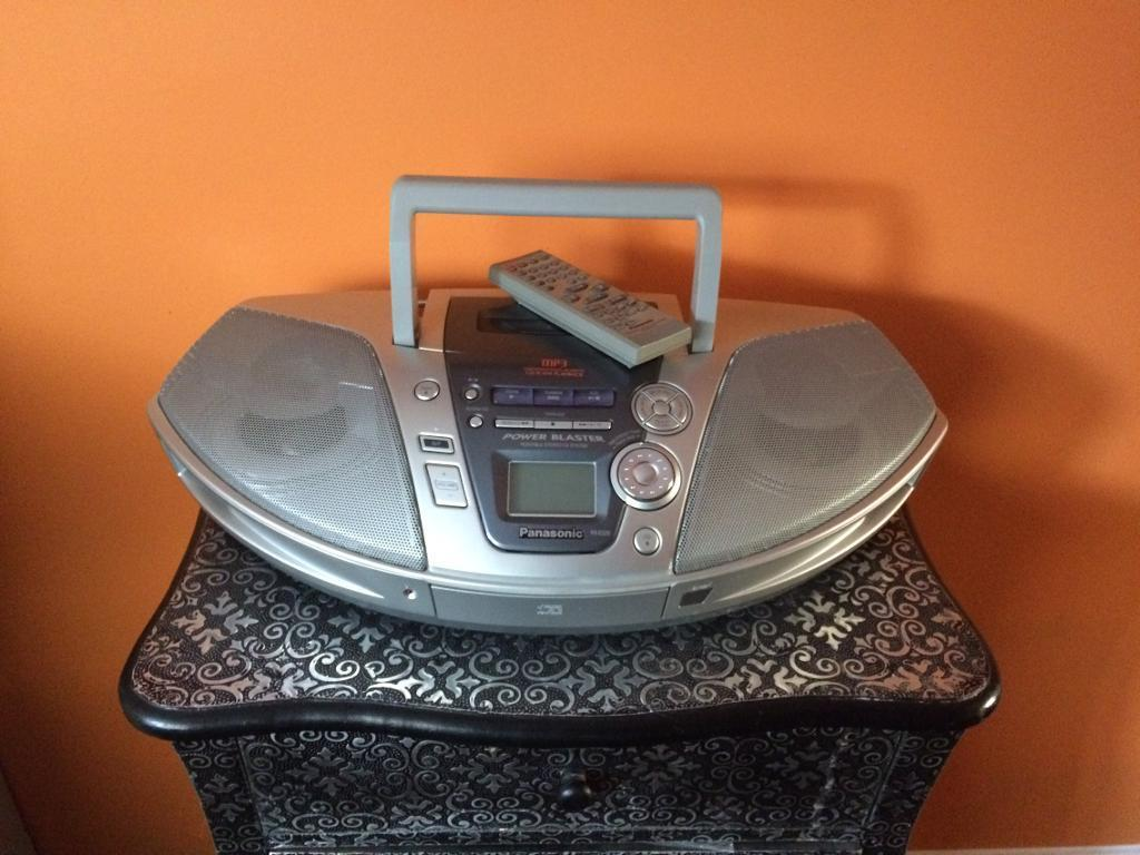 Panosonic portable Cd/Tuner/Tape with remote control