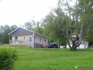 185 000$ - Bungalow à vendre à Lac-Kénogami Saguenay Saguenay-Lac-Saint-Jean image 2