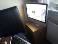 "Apple iMac 24"" screen, 240SSD, Very good condition"