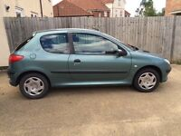 Selling great condition, Peugeot 206. Fantastic first car, great runner.