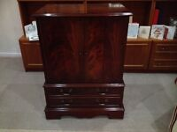 Mahogany finish - excellent condition.