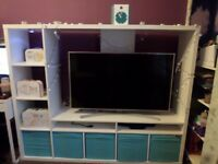 Great TV Unit with tons of storage