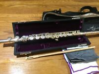 Trevor James 3041EW flute with case, carry bag, cleaning rod and cloths. Excellent condition
