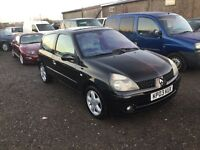2003 Renault Clio 3 door hatchback in nice condition good driving car will come with 1 yrs mot