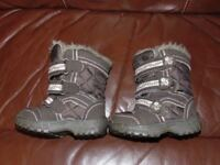 next todles girls boots shoes size 4