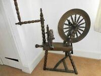 Spinning wheel, solid oak.