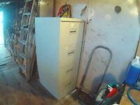 4 drawer filling cabnet.