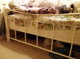 Almost new Metal bed