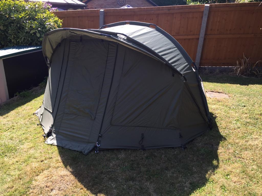 Trakker Armo MKll 2 Man Carp Fishing Bivvyin Evesham, WorcestershireGumtree - This is my Trakker Armo Mkll 2 man carp fishing bivvy.Ive only used the bivvy 3 times, couldnt fault it. Full set of 16 pegs.Only defect is to small 5mm holes in the ground sheet as indicated in picture.Ive placed gatter tape on the underside,there...