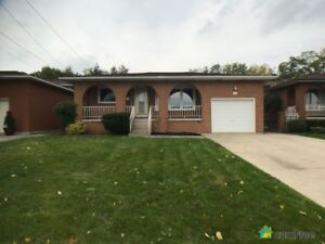 $559,999 - Bungalow for sale in Hamilton