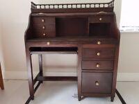 Mock vintage roll top desk